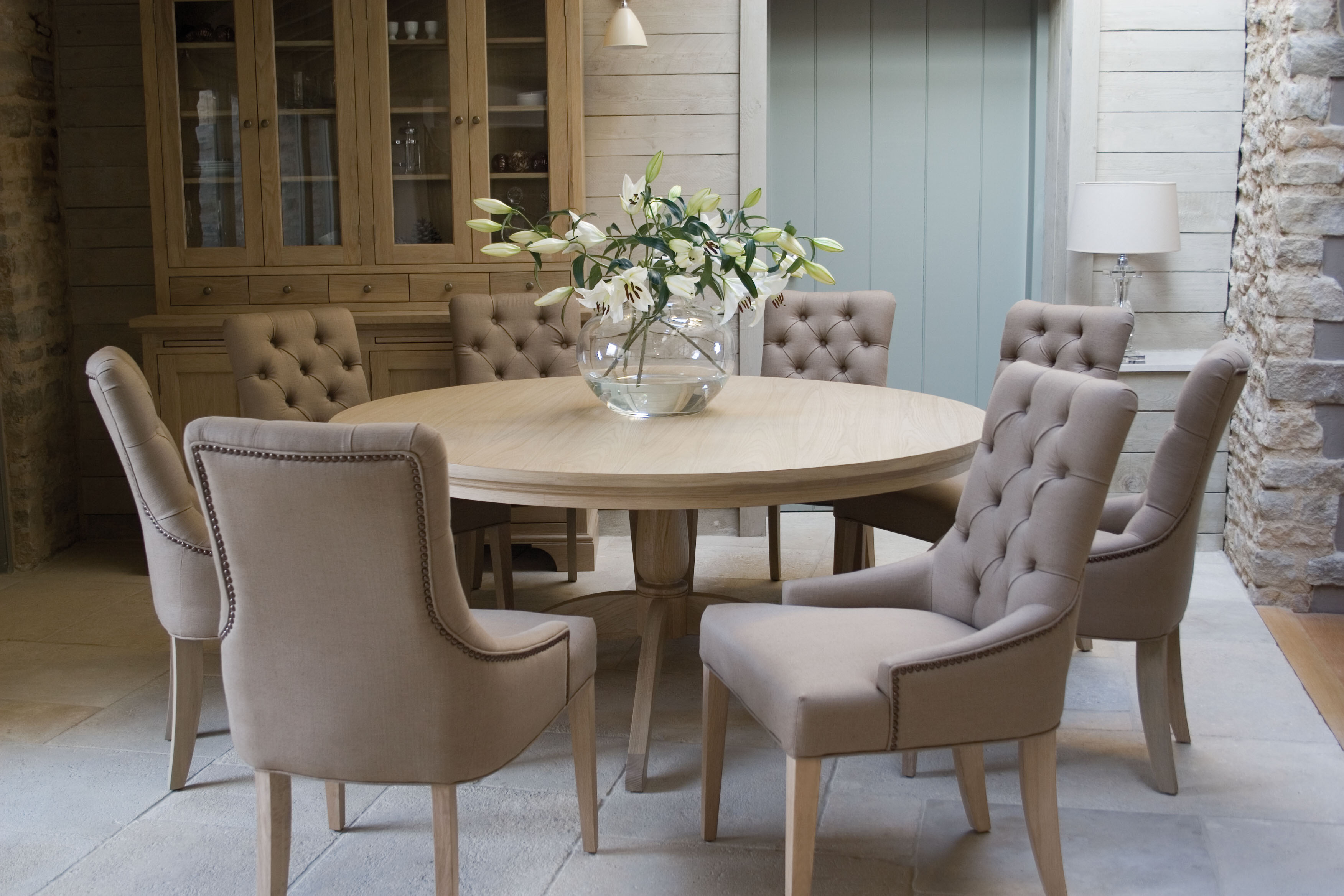 Jandb Interiors Table Amp Chairs